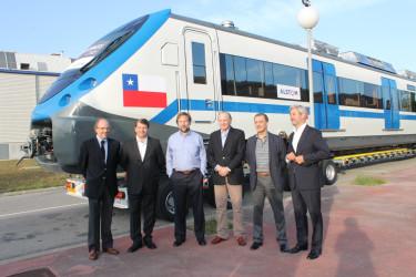 16 trenes de última generación serán parte del proyecto Rancagua Express.