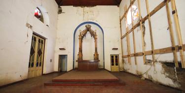 Así quedó el interior del templo luego del mega sismo.