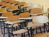 """Boris Acuña señala que """"en términos de infraestructura no están dadas las condiciones en muchos de estos colegios, independientemente del bajo número de matrículas""""."""