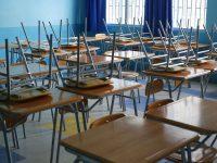 El jefe comunal sostuvo que la medida es la más acertada en procura de evitar mayores contagios en el resto de la comunidad escolar.